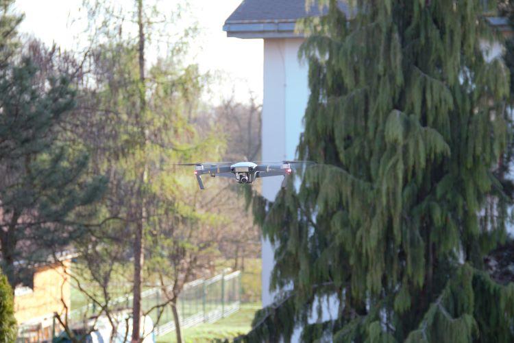 dron-treti